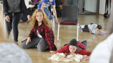 Theaterprojekt Klasse 8/ theaterpädagogisches Spiel